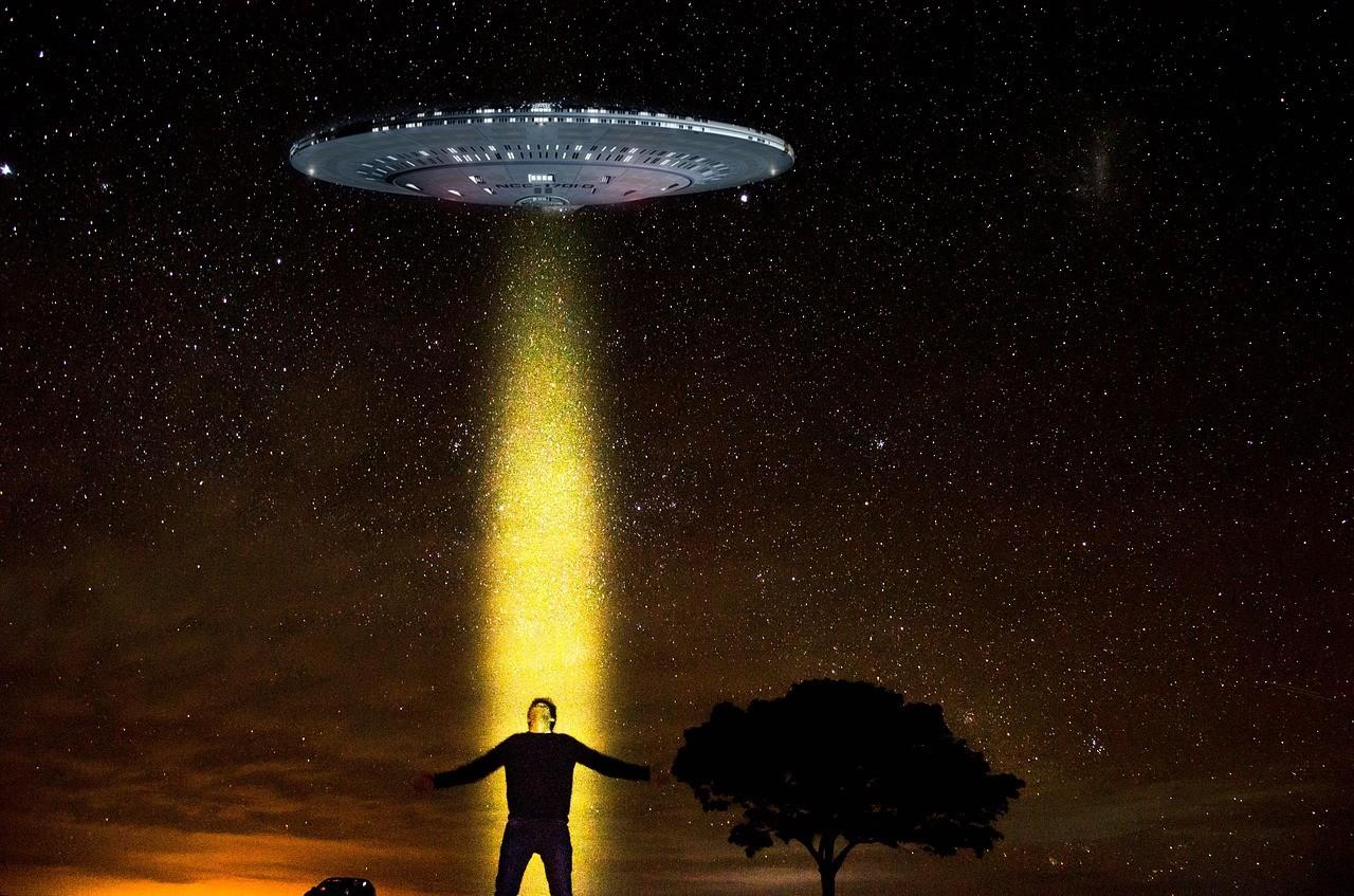 Si vous êtes rédacteur web, attendez-vous à devenir le E.T d'aujourd'hui...